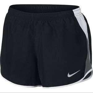PERFECT CONDITION NIKE RUNNING SHORTS